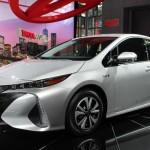01_2017-Toyota-Prius-Prime-Heyman
