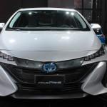 04_2017-Toyota-Prius-Prime-Heyman